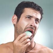 Lavar la boca con agua y jabón