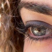 Ahora se puede cambiar el color de los ojos mediante una operación con láser