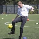 El fútbol se juega en Buckingham Palace